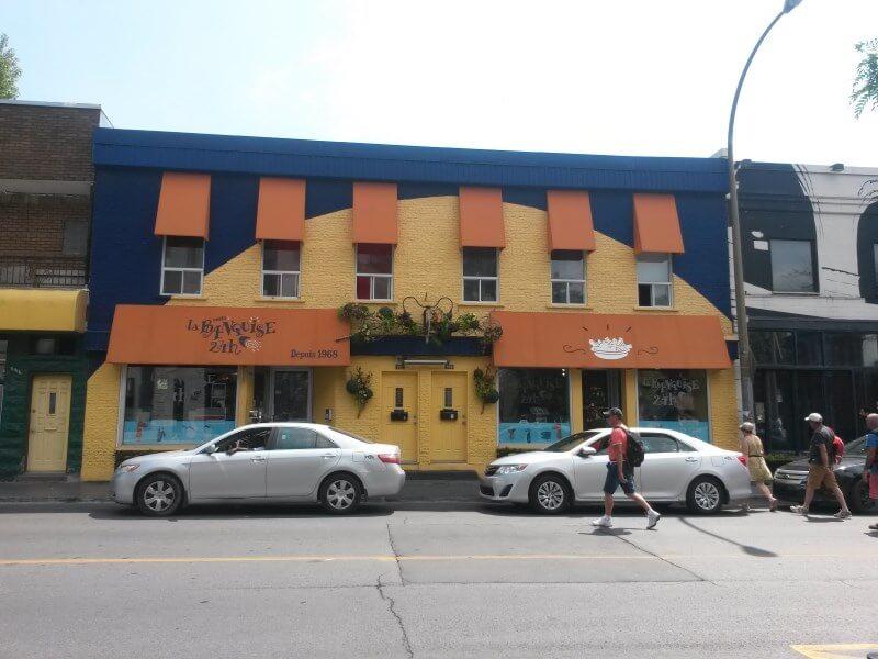 restaurant-la-banquise-montreal