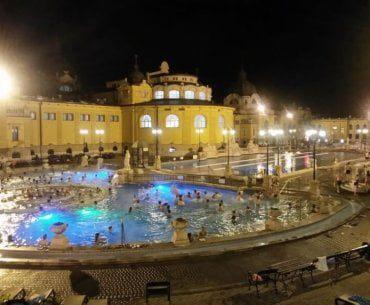 Les bains de Széchenyi à Budapest