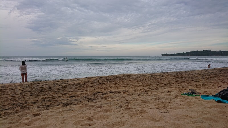 surfer sri lanka